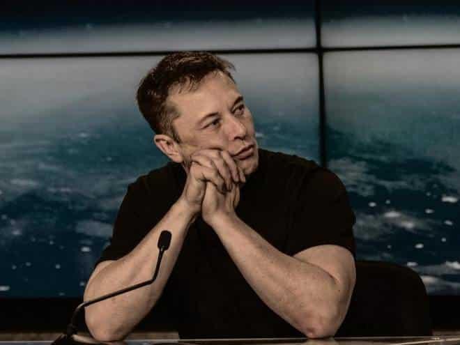 Falido? Elon Musk afirma que tem 'pouco dinheiro' e 'nenhuma liquidez'
