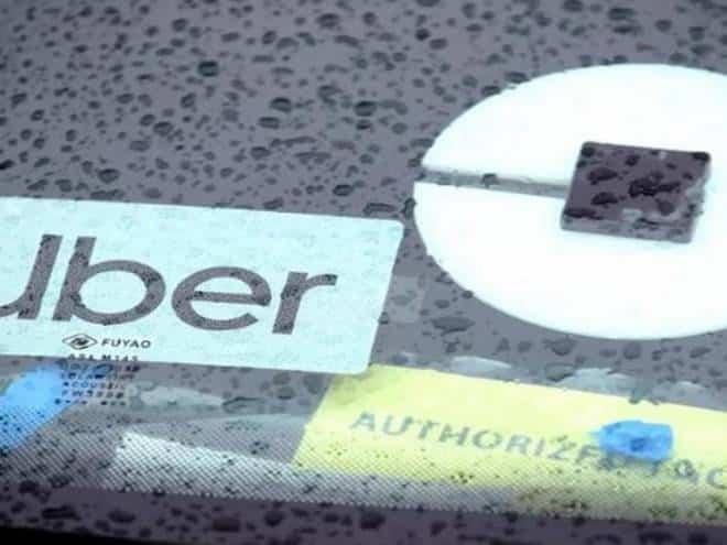 Motoristas de Uber são presos por estuprar passageiras