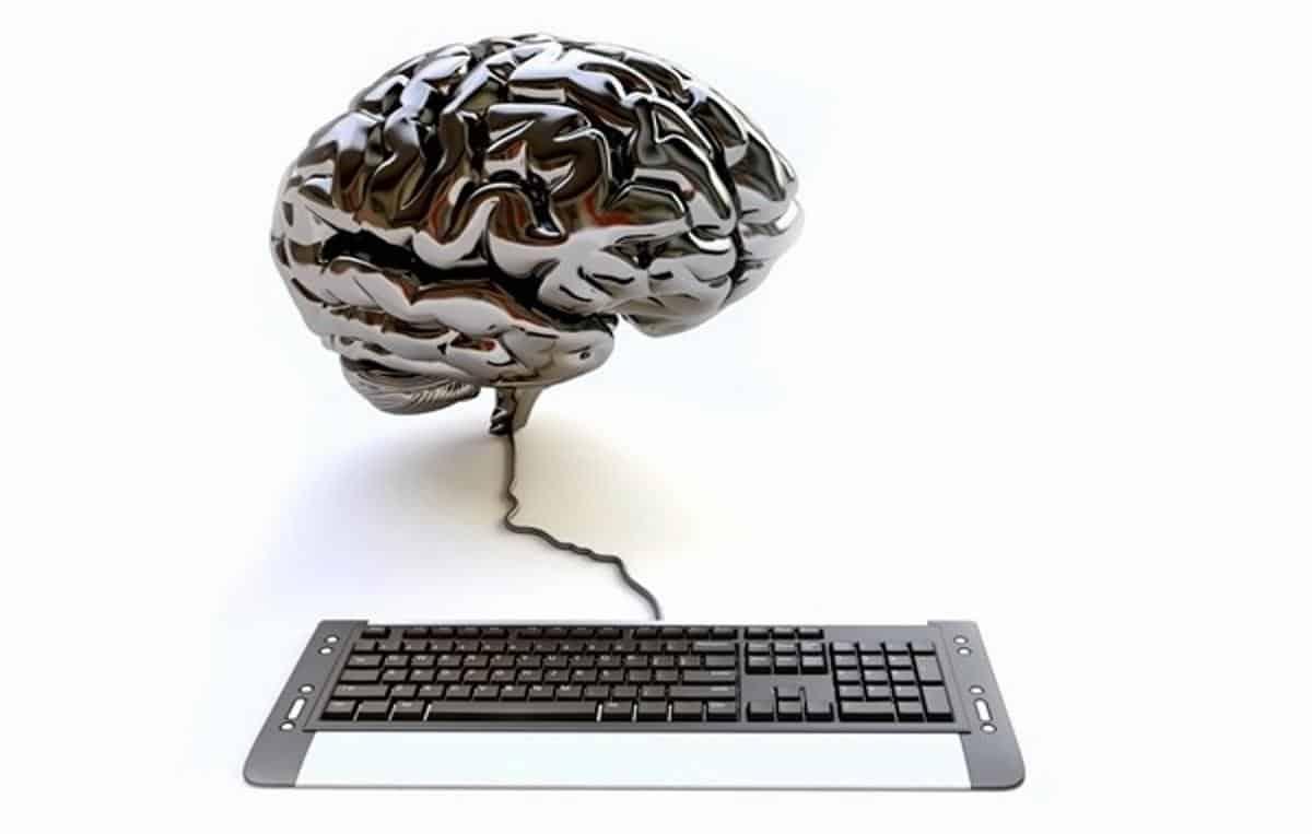 Pesquisadores criam sistema que traduz pensamentos em frases