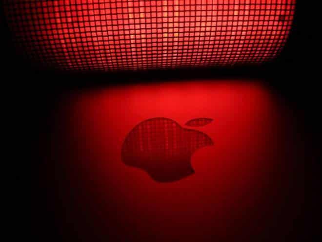 Briga! Apple acusa Google de criar pânico ao divulgar falha no iOS
