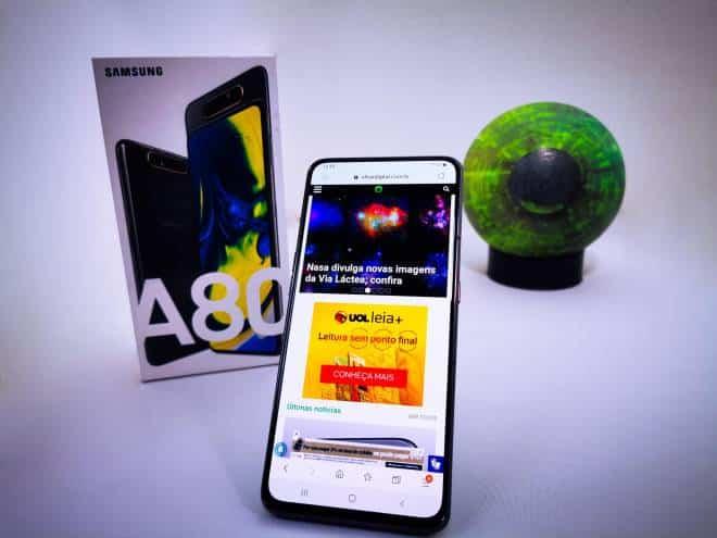 Review do Galaxy A80: o celular certo para quem gosta de Selfies