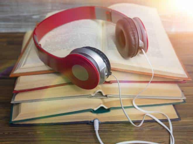Audiolivros ganham força no Brasil graças a novas tecnologias