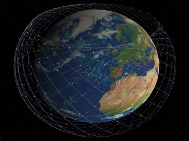 Elon Musk tuíta usando internet de satélite