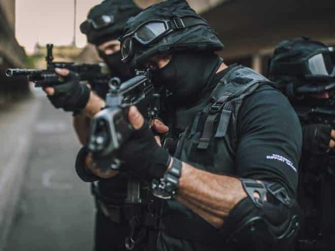 Disputa por 'Call of Duty' termina com inocente morto pela polícia