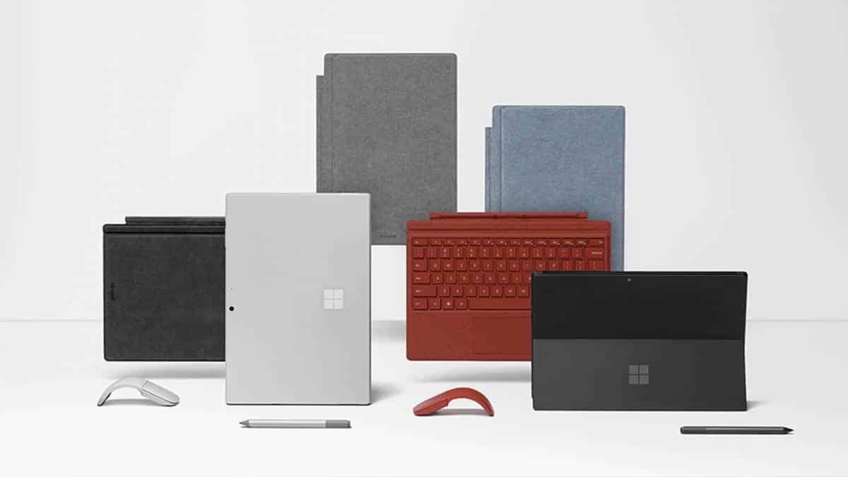 Famí%u013Aia Surface 2019