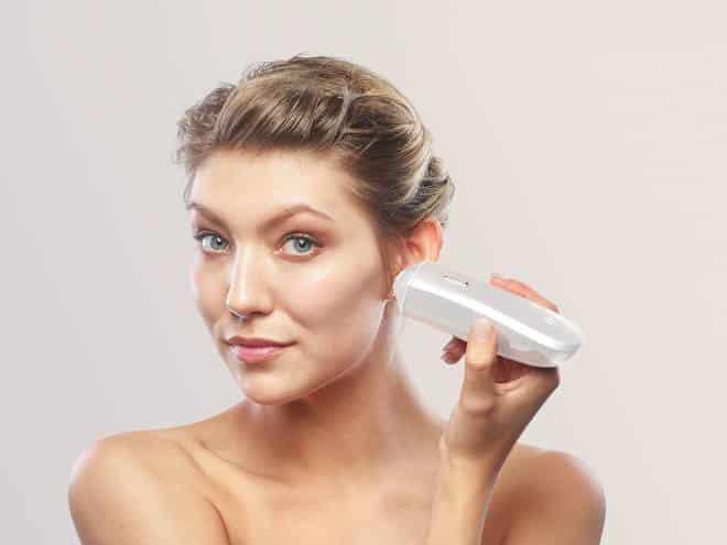 Máquina faz maquiagem automaticamente