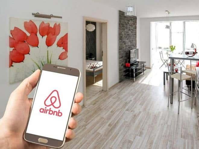 Airbnb vai vasculhar as redes sociais dos seus usuários