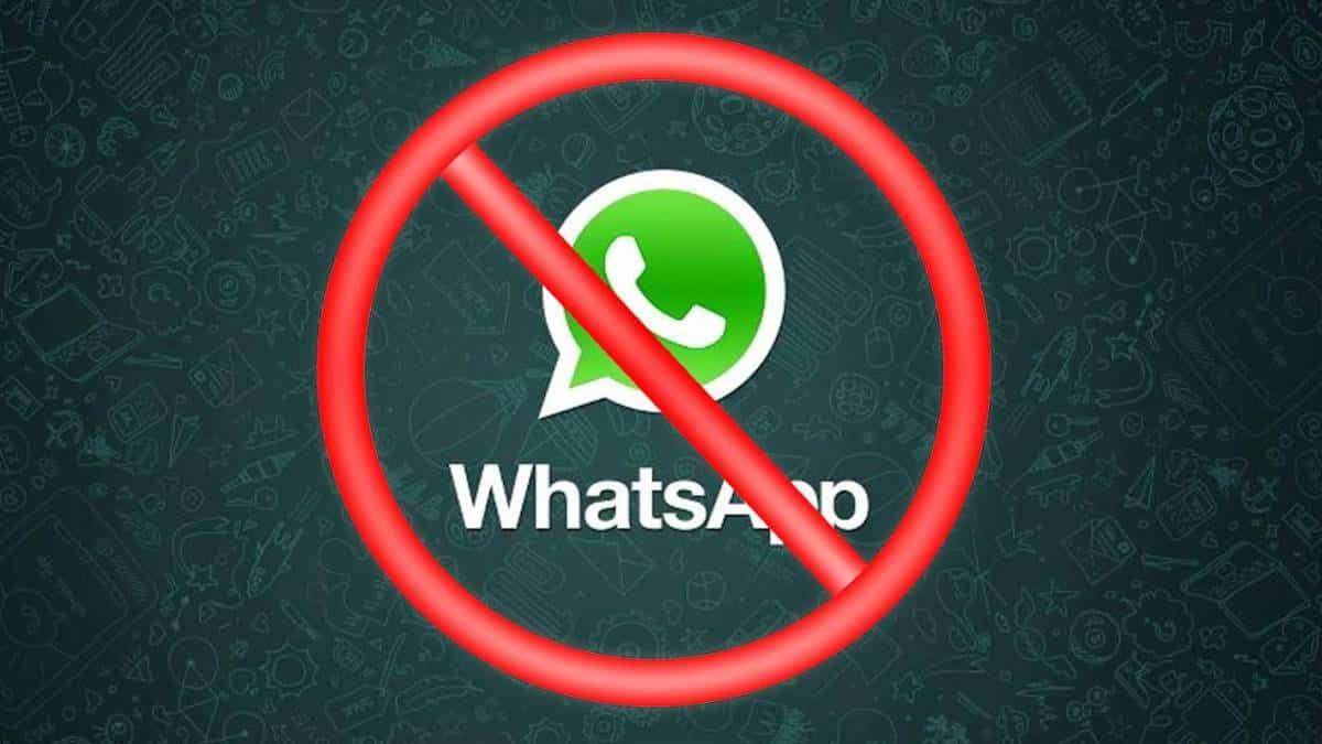 Resultado de imagem para Confira em quais celulares o WhatsApp vai parar de funcionar em breve