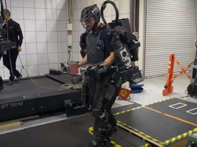 Robô torna pessoas 20 vezes mais fortes