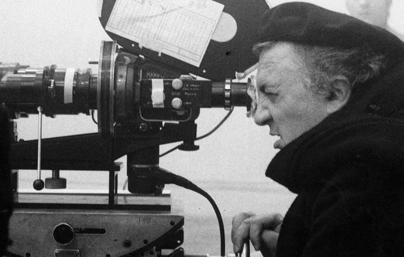 10 filmes essenciais de Fellini