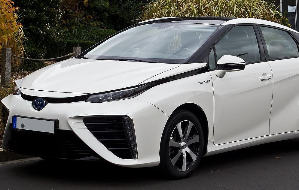Toyota vai aumentar produção de carros movidos a hidrogênio
