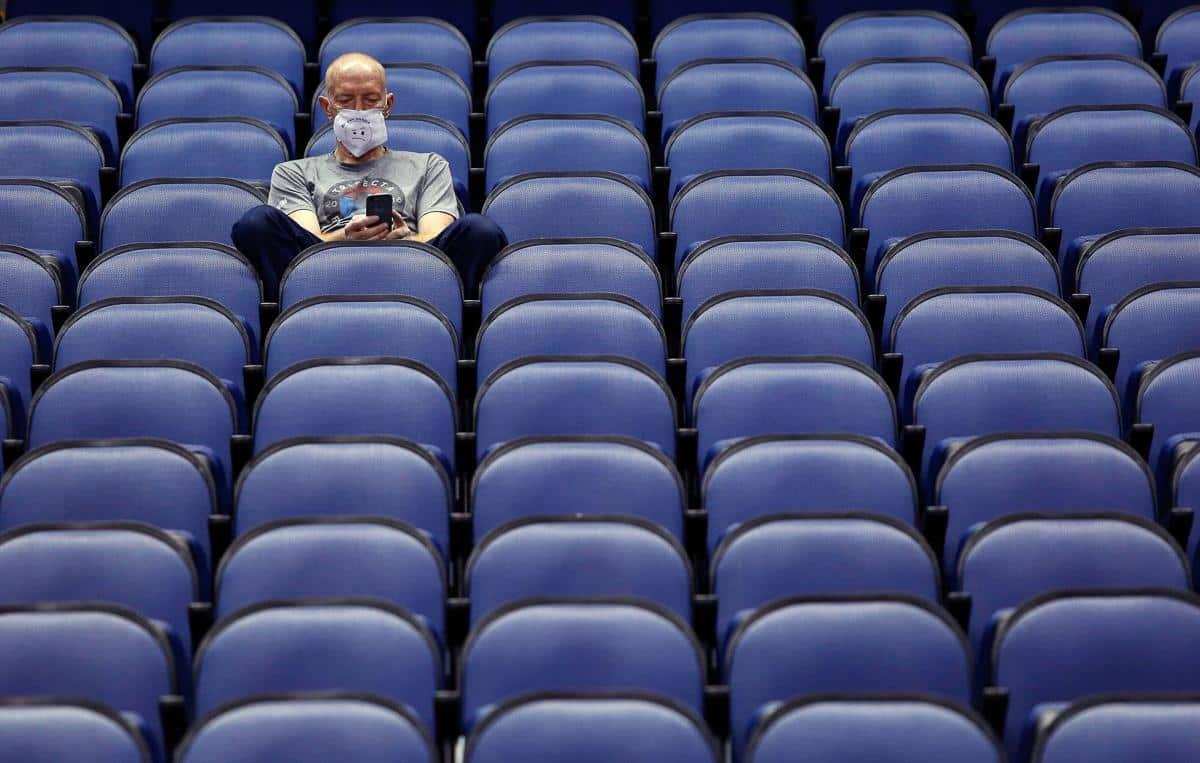 Coronavírus cancela conferências e muda drasticamente o rumo de companhias