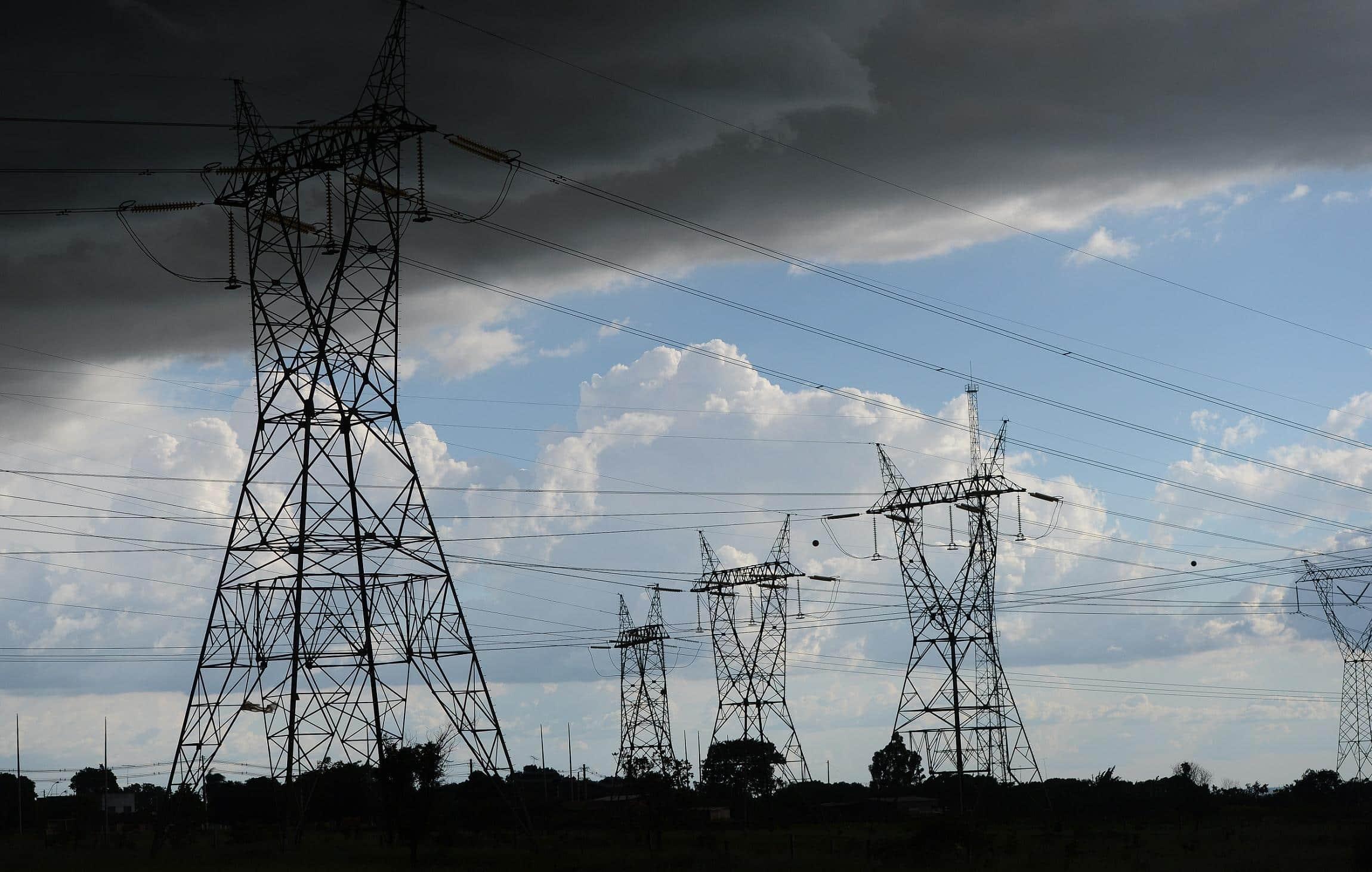 Conta de luz não terá tarifas extras até dezembro devido à Covid-19