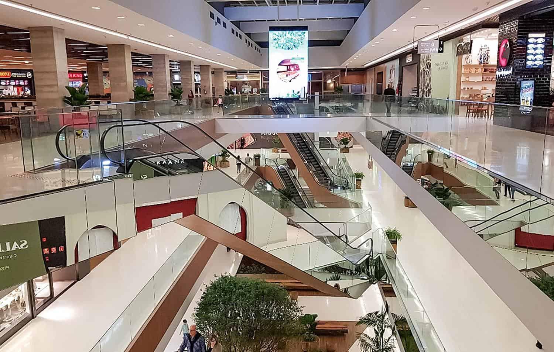 Shoppings na cidade de SP só poderão reabrir com 20% da capacidade