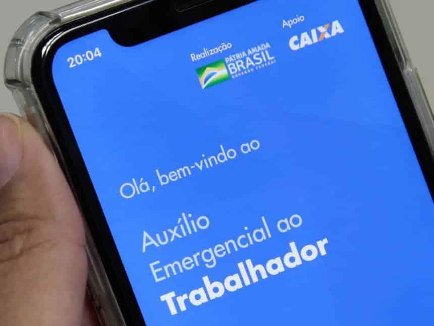 20200506034023_860_645_-_caixa_auxilio_emergencial Covid-19: Caixa bloqueia transferência de auxílio emergencial para outros bancos