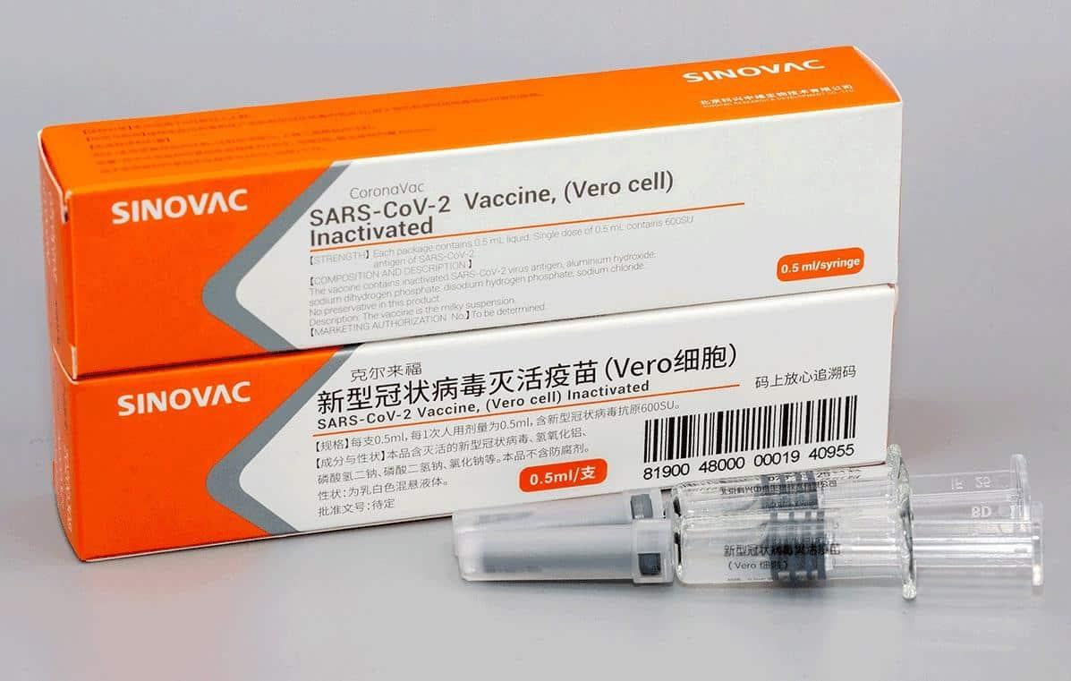 China deve liberar uso emergencial de vacina contra Covid testada em São  Paulo