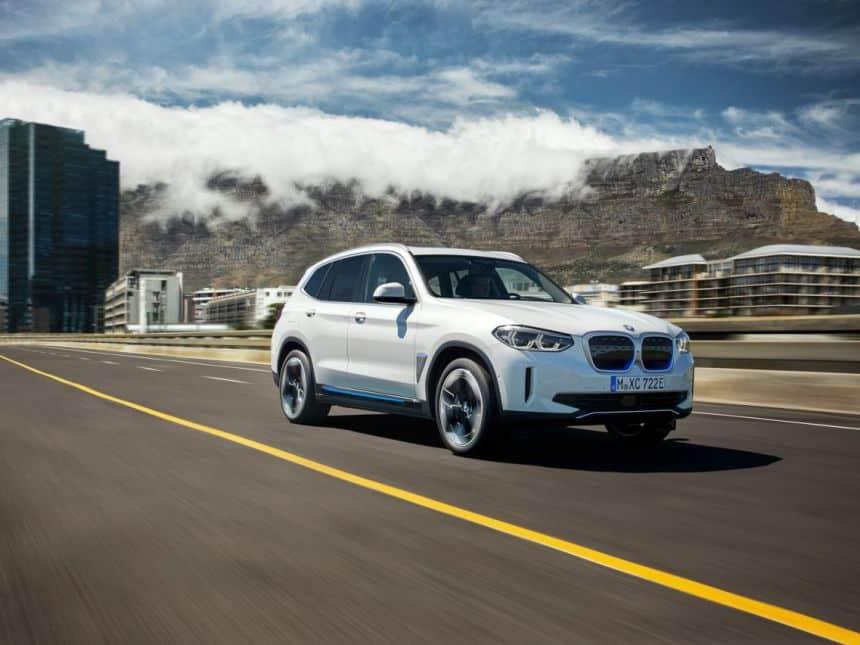 20200715044547_860_645_-_bmw_ix3___exterior BMW lança o iX3, seu novo carro elétrico