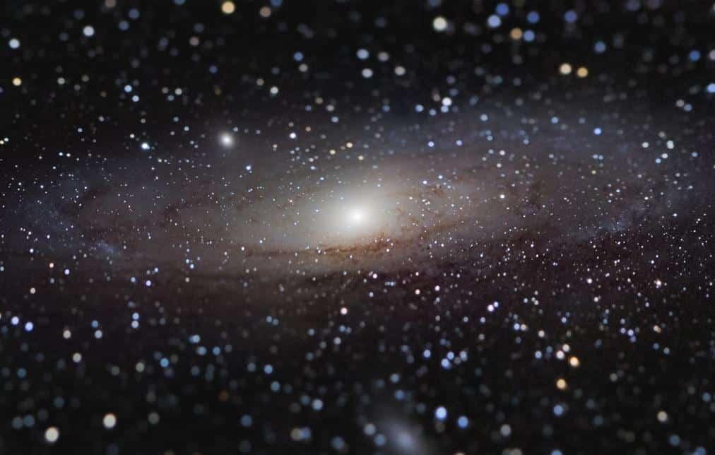 Foto de galáxia em miniatura vence de concurso de astrofotografia