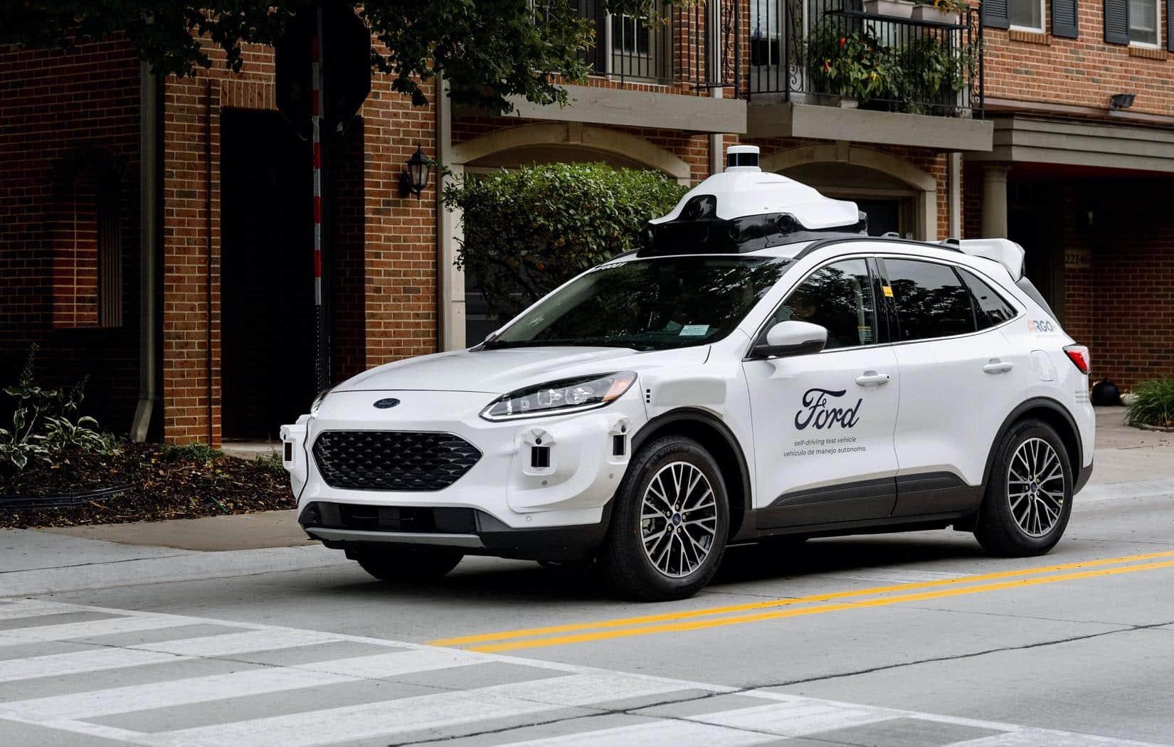 Ford adiciona o SUV Escape à sua frota de carros autônomos