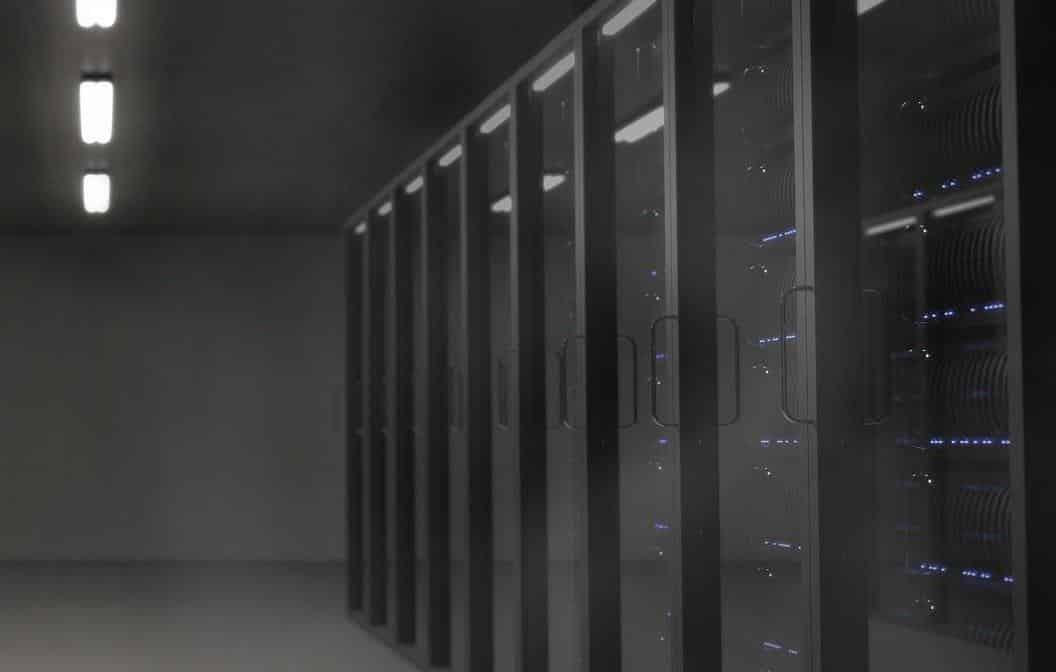 IKARON - Engenharia e Infraestrutura de TI, Telecom e Segurança - cover