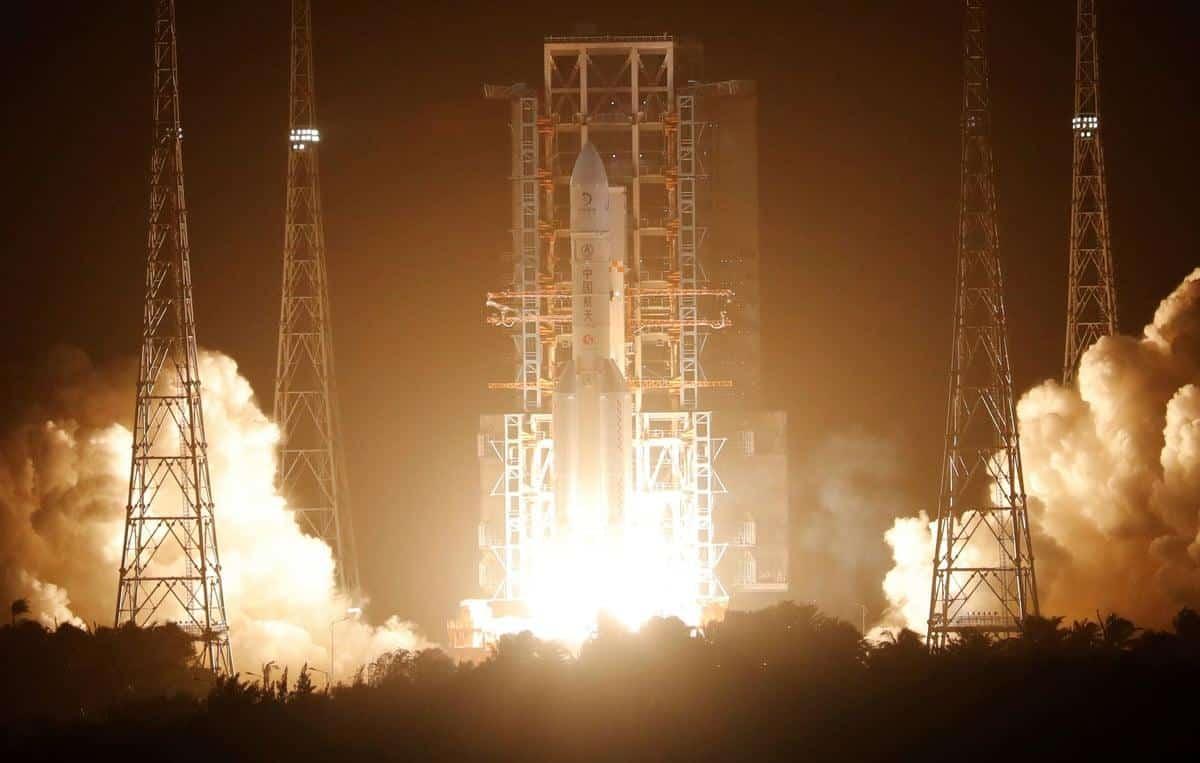 China lança missão que trará amostras da Lua - Olhar Digital