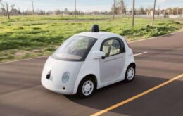 Google critica regra que pede que carro autônomo tenha motorista presente
