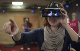Microsoft quer que as pessoas usem a realidade virtual em conjunto
