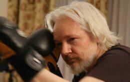 """Assange está """"preso arbitrariamente"""", diz ONU"""