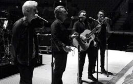 Apple uses virtual reality to turn user into U2 musician