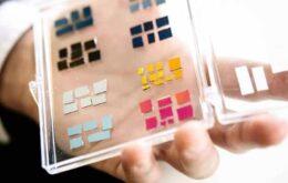 La invención puede crear pantallas móviles que no consumen energía