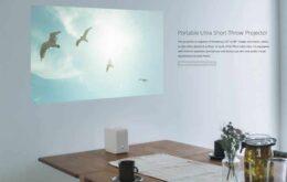 Sony abrirá vendas de projetor que transforma qualquer superfície em TV