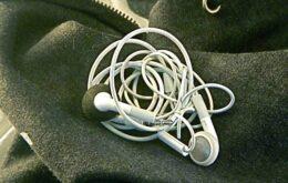 Saiba quanto tempo de vida você vai passar desembaraçando fones de ouvido