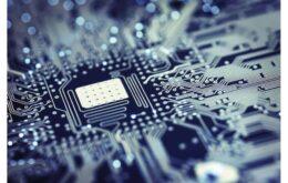 Avanço tecnológico desacelera e ameaça 'Lei de Moore'