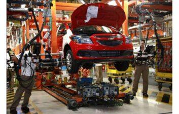 GM compra una startup de tecnología de conducción autónoma por más de mil millones de dólares