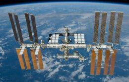 Veja o que acontece quando lixo espacial se choca com a Estação Espacial