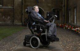 Stephen Hawking aceita convite para ir ao espaço