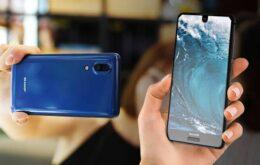 Sharp apresenta celular que mistura iPhone 8 e Essential Phone