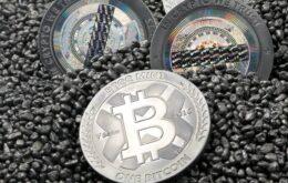 Bitcoin desaba e atinge menor valor do ano com más notícias da Índia