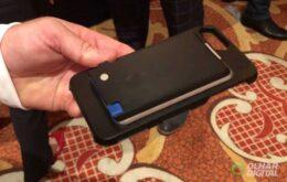 Capinha especial transforma qualquer celular em um smartphone modular