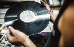 Venda de vinis supera CDs pela primeira vez desde os anos 80 nos EUA