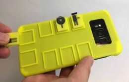 Esta funda para celular crea botones físicos muy útiles si no estás acostumbrado a pantallas táctiles