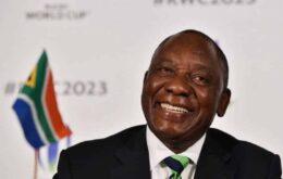 Presidente sul-africano usa holograma para dar palestra 'virtual'