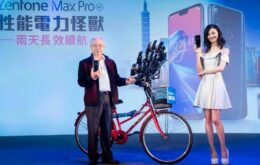'Pokévô' taiwanês usa 30 smartphones para jogar Pokémon Go