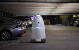 Robô segurança fotografa seu agressor antes de ser derrubado