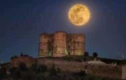Bem de perto: Voo para ver a Super Lua esgota em tempo recorde na Austrália