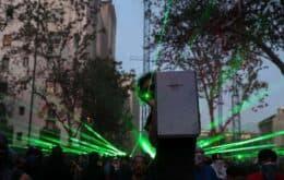 Manifestantes chilenos derrubam drones com lasers