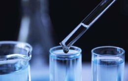 Homens têm nível maior de enzima essencial para Covid-19, diz estudo