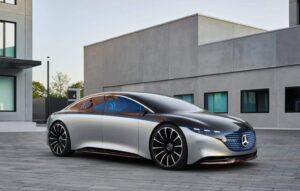 Mercedes-Benz prepara primeiro sedã elétrico