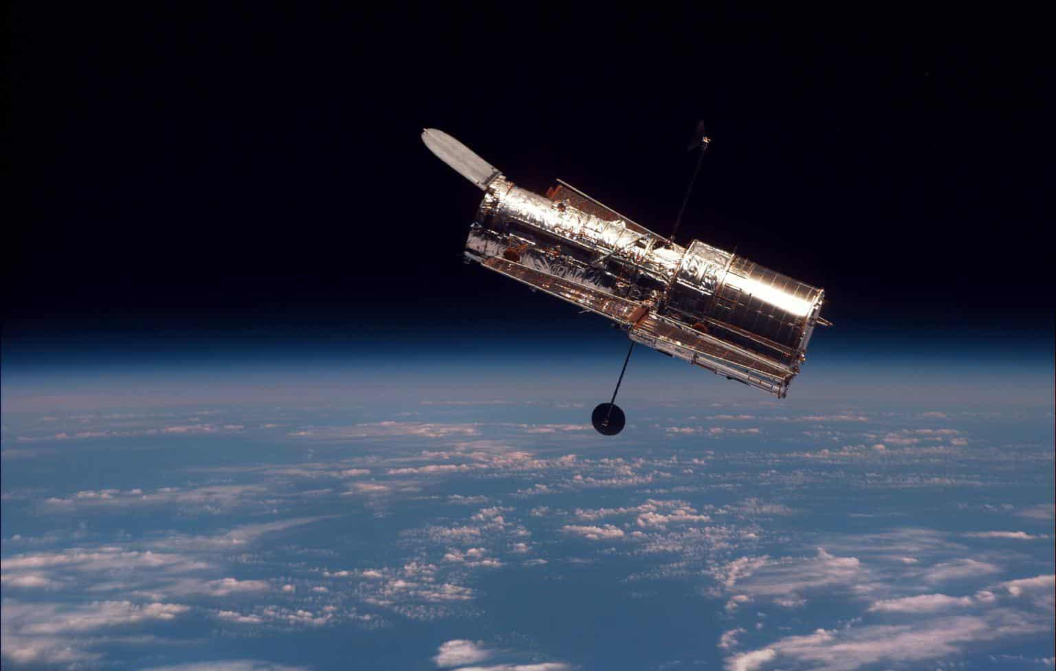 Telescópio Hubble aparentemente morreu de vez :(