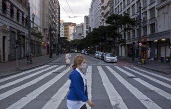 Las tiendas callejeras en São Paulo reabrirán este miércoles